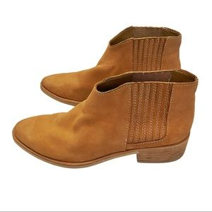 Anthro Dolce Vita Towne tan leather ankle booties